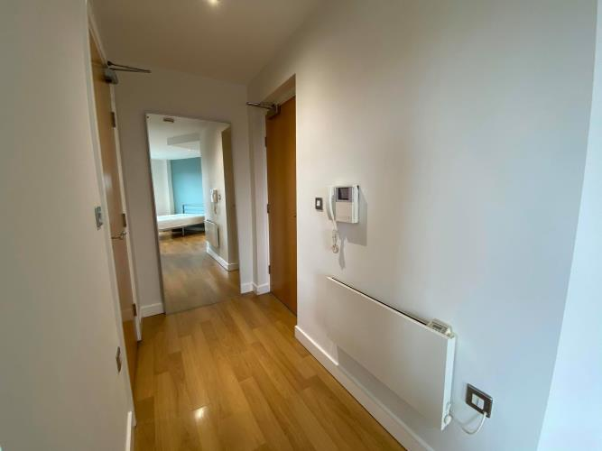 Studio Apartment, West One<br>607 Cube, 2 Broomhall Street, City Centre, Sheffield S3 7SW