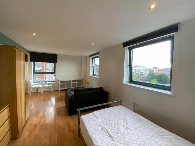 Studio Apartment, West One<br>507 Cube, 2 Broomhall Street, City Centre, Sheffield S3 7SW