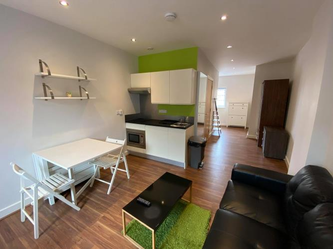 Deluxe Studio Apartment<br>34 Huttons Building, 146 West Street, City Centre, Sheffield S1 4AR