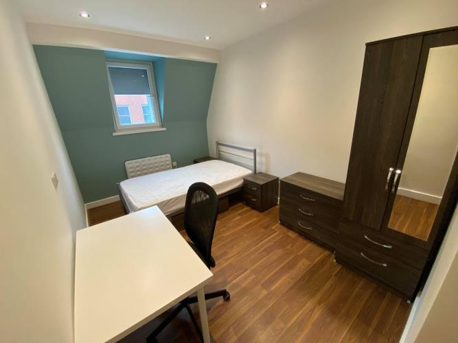 Standard 1 Bedroom Apartment<br>38 Huttons Building, 146 West Street, Sheffield, City Centre, Sheffield S1 4AR