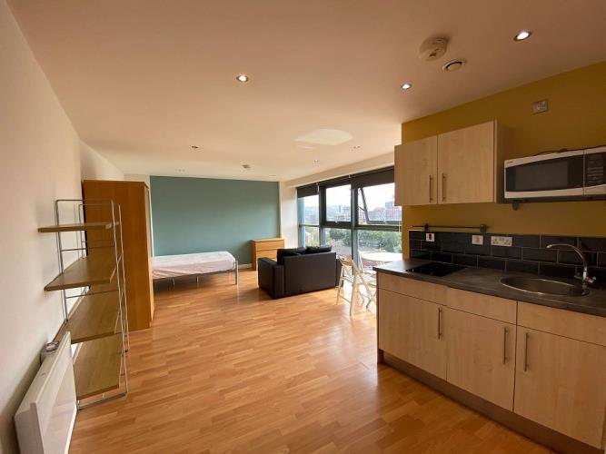 Studio Apartment, West One<br>400 Reflect, 19 Cavendish Street, City Centre, Sheffield S3 7ST