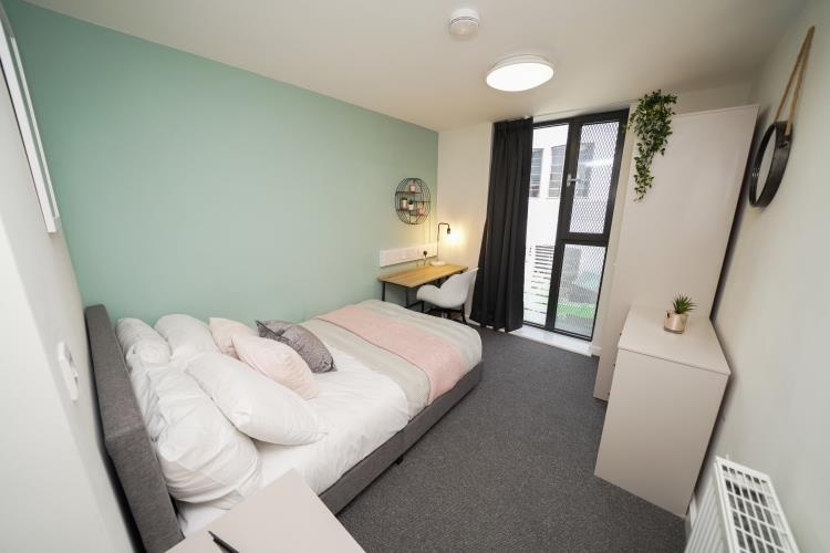 3 Bedroom Apartments, Sellers Wheel<br>108 Arundel Lane, City Centre, Sheffield S1 4RF