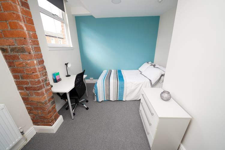 4 Bedroom Apartment<br>212A Broomhall Street, Broomhall, Sheffield S3 7SQ