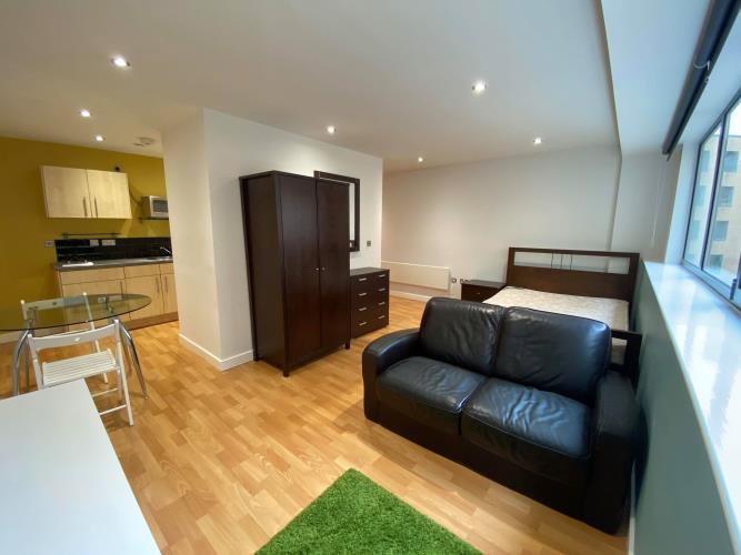 Studio Apartment, West One<br>304 Cube, 2 Broomhall Street, City Centre, Sheffield S3 7SW