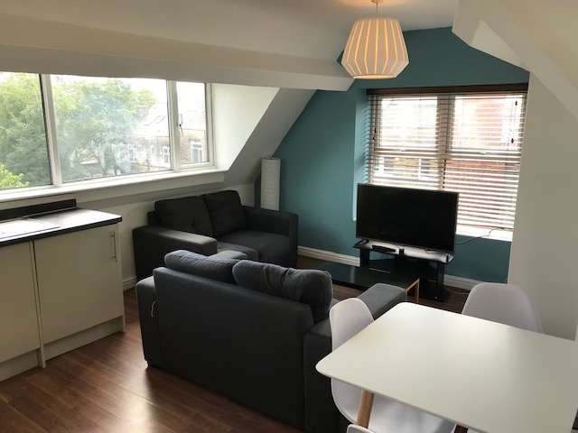 Fantastic modern & large 3 bedroom student flat<br>Flat C - 106 Whitham Road, Broomhill, Sheffield S10 2SQ