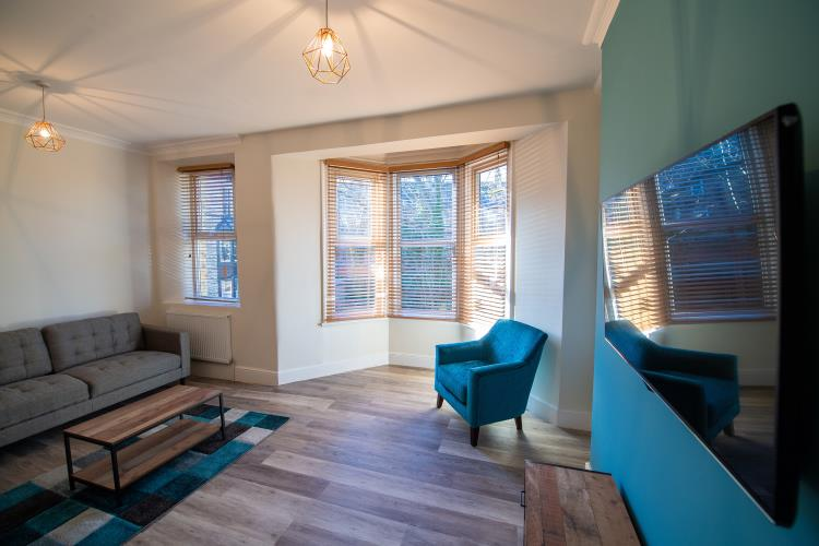 Large luxury Fully Refurbished House for 7<br>110 Whitham Road, Broomhill, Sheffield S10 2SQ