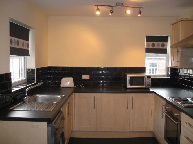 Large 4 Bedroom Duplex Apartment in Broomhill<br>263a Fulwood Road, Broomhill, Sheffield S10 3BD